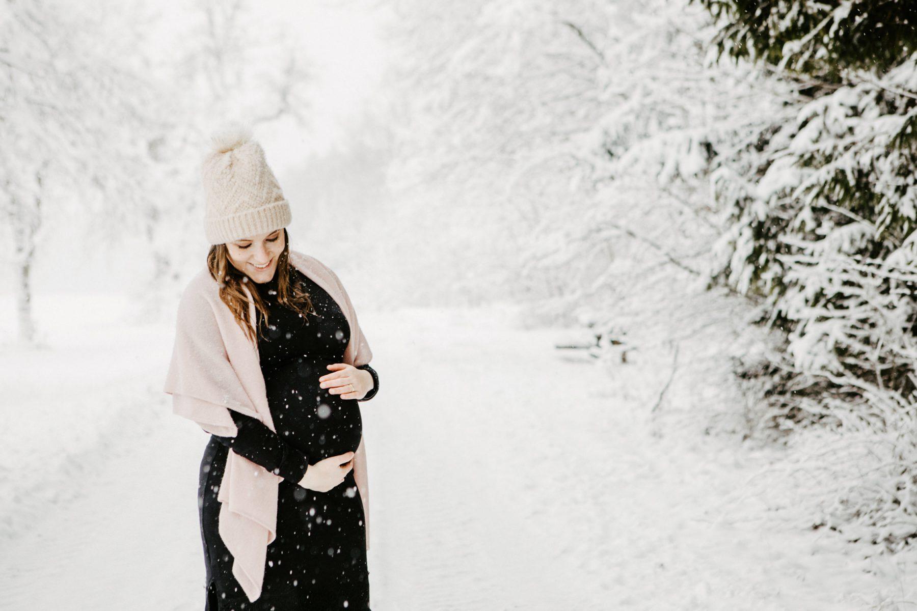 Schwangerschafts Shooting im Winter in Heidenheim