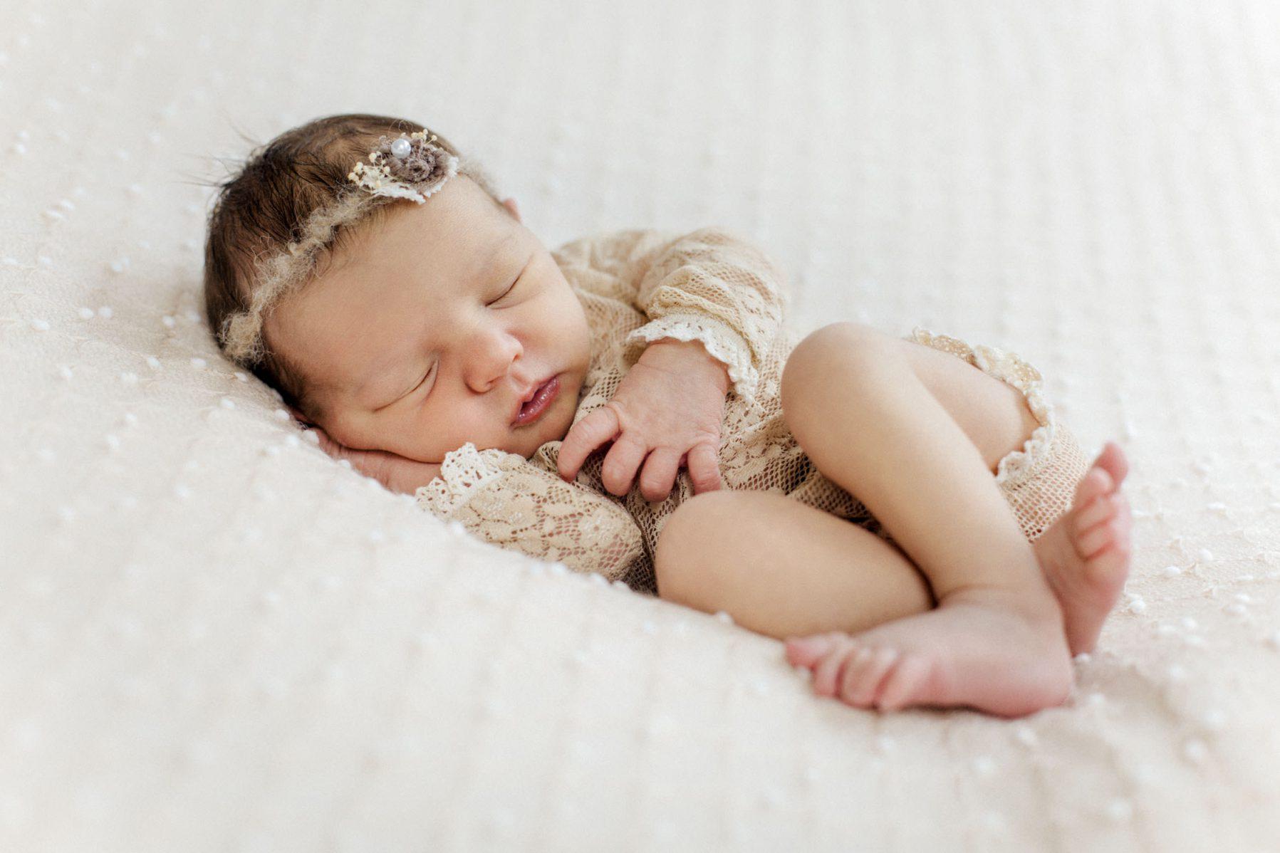Newborn Shooting  - Galerie - Baby Leona