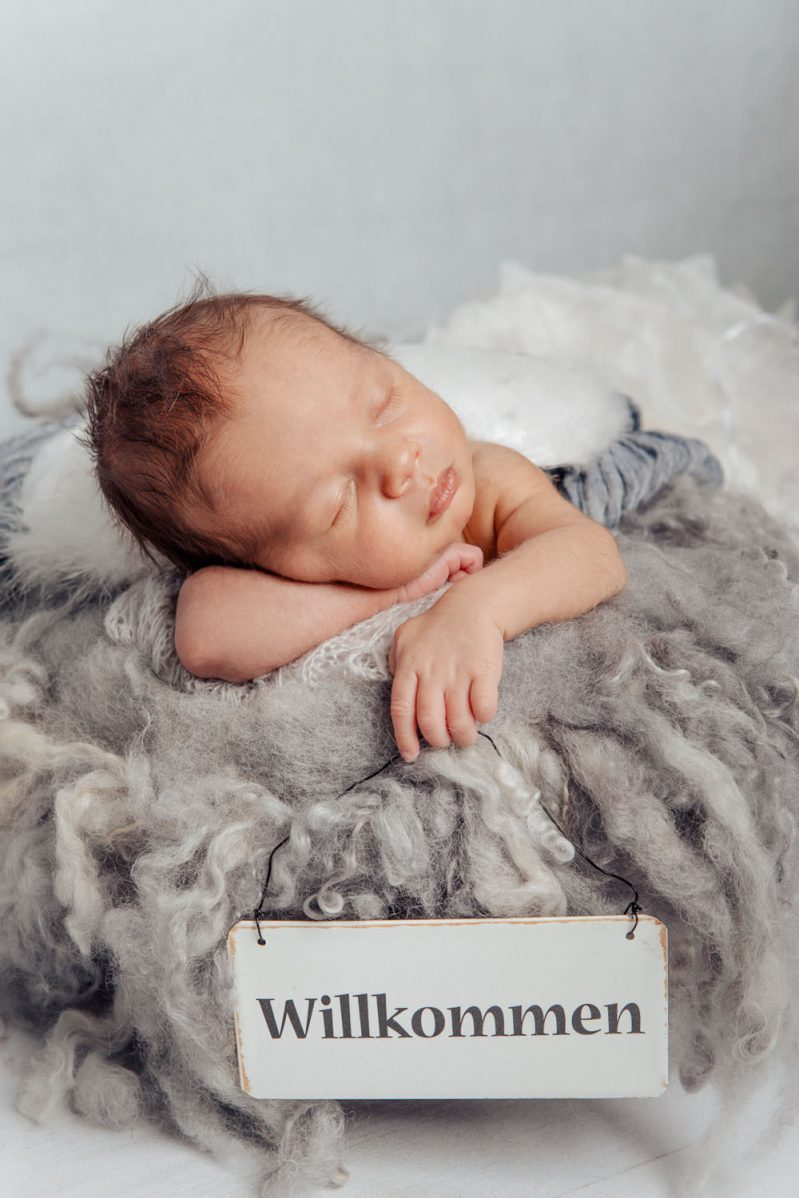 Neugeborenen Shooting - Galerie Noah